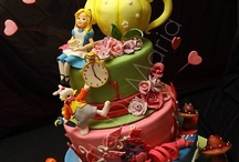 Sugar Rush / Amazing cakes and other sweet confections.  / by Heather