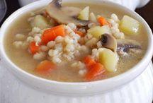 Soups & Stews / by Cheryl Engstrom