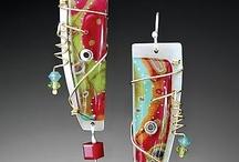 Jewelry - earrings / by Julie Bowen