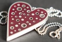 Jewelry - Pendants / by Julie Bowen