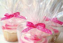 Cupcakes! / by Debbie Kopy
