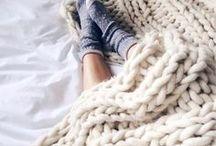 Wintermood / Zwischen Kamin und warmen Decken: Wintermood like Hygge. Cozy, warm, family. Ein Wohlgefühl innen und außen, Selbstfürsorge, Wohlfühltipps, Gemütlichkeit