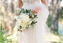 Bouquets and Wedding Florals / by Carolyn Cho