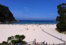 """Playa de la Franca Asturias / Además de ser la más oriental de Asturias, la playa de la Franca es sin duda una de las más bellas, amplias y accesibles de la Cornisa Cantábrica, lo que la ha hecho merecedora de la bandera azul de calidad de la Comunidad Europea. La playa se convierte durante la pleamar en una """"piscina natural"""" muy segura para el baño mientras que la bajamar deja al descubierto un gran arenal con acceso a otras playas entre las rocas. / by Camping Playa de la Franca Bungalows-Asturias"""