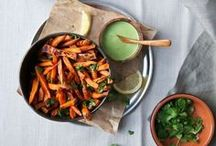 winter eats / Warm soups, hearty salads and decadent winter treats for cold days.  (All vegetarian recipes.)