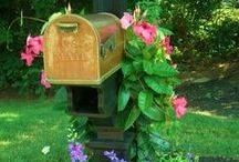 Mailbox / Could become obsolete but for now nice to decorate.
