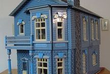 Doll Houses and Miniatures / by Bobbie Hopper