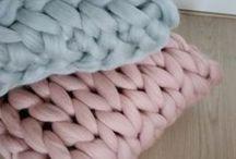 Chunky merinowool cushions and pillows / Chunky knit plaids & cushions & DIY   supersoft merino wool   19-21 microns   Worldwide shipping   www.wolletjebol.nl/shop
