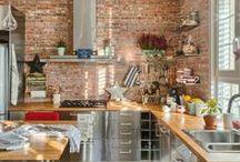 Кухня: Дерево, Кирпич, Металл