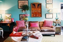 Living Room Love / by Caroline Smalley