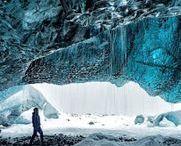 Eiskristalle / Ice Crystals / Wenn Minusgrade und Wasser zu zaubern beginnen  Eisblumen oder Schneeflocken in unterschiedlichsten Formen und Größen sind faszinierende Winterschönheiten. Der Winter formt bizarre Kunstwerke. Filigran, mystisch und so vergänglich. Für Sie haben wir den Augenblick für immer festgehalten.    Beautiful Ice flowers or snowflakes in different shapes and sizes.