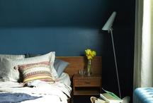 Dark, bold colours in interior design