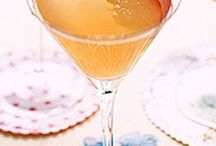 yummy drinks / by Kelly Harper Photography
