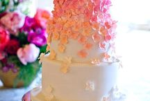 Wedding Cake And Specialty cakes by Texas bakers / Texas bakers specializing in Wedding Cakes. Www.TexasPartyPeople.com