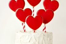 Valentine's Day Cakes / Beautiful Valentine's Day Cakes & treats.