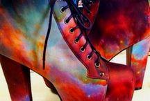 UNIVERSE / One of my many fashion obsessions. Galaxy/Nebula print.