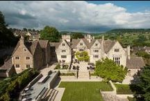 Downton Abbey style holiday homes / Want to live like a Lord? Here is an enticing choice of manor houses, which would allow fans of Downton Abbey the chance to live like their favourite characters from the show.