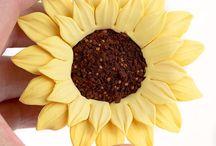 Gumpaste Sunflower Sugarflowers / Readymade Sunflower Sugarflowers handmade from gumpaste perfect for decorating cakes. | CaljavaOnline.com / by CaljavaOnline.com
