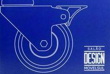 Contemplados 2008 - 12ª edição / Contemplados Prêmio Salão Design 2008 - 12ª edição - Comissão Julgadora: Ademir Bueno, Gabriele Adriano, Maria Helena Estrada, Paolo Bergomi e Renato Solio. Prêmio Salão Design - Diretor: Daniel Camera. Vice-Diretora: Marlene Gugel. Coordenação: Cica de Freitas. Assistente Coordenação: Ana Paula Da Silva. Realização: Sindmóveis Bento Gonçalves.