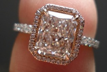JEWELS 'N SPARKLIES / What girl doesn't love something that sparkles?