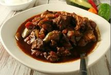 Recipes - Slow Cooker / Great slow cooker recipes from awesome bloggers and other sources.