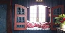 Book Nook / Wonderful spaces to read a book.