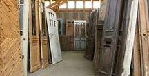 Denkmalschutz - historische Baustoffe / Historische Baustoffe sind nicht nur bei Eigentümern eines denkmalgeschützten Hauses beliebt! Viele Hausbesitzer holen sich mit traditionellen Materialien den Charme vergangener Zeiten ins Haus...