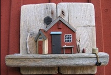tiny wooden houses / by Ina Lamber