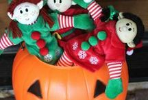 Elf Magic Halloween / Our playful Elves for kids love to celebrate a spooktacular Halloween. Here are some of our favorite costumes, recipes and crafts for Halloween.