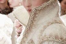 dress like a f****** queen / by Rafaela Sousa
