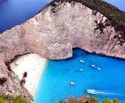 Greece || Travel || Griechenland / Korfu, Zakynthos, Rhodos, Kos oder doch lieber Kreta? Du suchst die perfekte Insel für dich? Dann ist dieses Board genau das Richtige für dich! Von verlassen Buchten bis hin zu türkisblauem Wasser und dazu die besten Bifteks, so stellt man sich den perfekter Urlaub in Griechenland vor! Ob Tipps zu Unterkünften & Hotel oder Geheimplätze zu den schönsten Stränden, hier wirst du auf jedenfall fündig um deinen nächsten Urlaub perfekt zu machen!