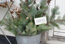 *Weihnachtliche Dekoration* / Festlich, stimmungsvoll und gemütlich: Weihnachten steht wieder vor der Tür und auch Ihr Heim möchte in feierliche Stimmung und in tolle Weihnachtsdeko gehüllt werden! Verwandeln Sie Ihr Zuhause mit diesen weihnachtlichen Deko-Inspirationen in ein kleines Weihnachtswunderland! Toben Sie sich aus!