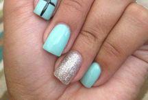 Nails / by Ashley Hoy