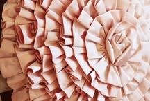 DIY ~ SEWING / by Katya Carranza Ibarra