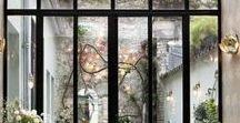Nos idées d'extension de maison / Nos idées inspirantes pour agrandir votre maison ! Une belle idée d'extension ouverte sur l'extérieur.  #veranda #aménagement #exterior #HouseExtension #inspiration #jardin #leroymerlin