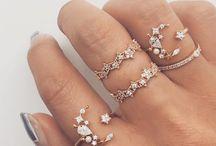 <accessories