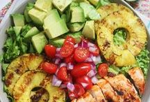 Paleo Meals / by Katt Philipps-Hunsaker