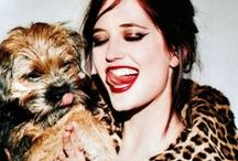 | CELEB PETS | / Celebrities and their pets