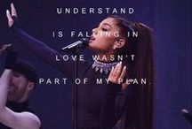 Ariana Grande LockScreens