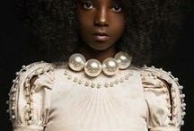 Natural Hair Queens / Get inspiration for your next look by browsing this board of beautiful natural hair queens. Are you searching for more natural hair styles, growth, care, and products? Visit www.naturalhairqueen.net to learn the secret to healthy growth and long natural hair.