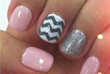Nails / by Tara Zschokke