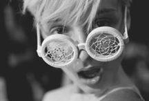 Crazy styles / Es gibt nichts, was es nicht gibt! Brillen gibt es in jeder nur erdenklichen Form - eine Brille ist schon lange nicht mehr nur eine Sehhilfe sondern ein echtes Fashion Statement! - There's nothing that doesn't exist - there are glasses in every shade you can imagine! Eyewear is not just a visual aid - it's a fashion statement!