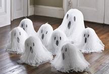 Holidays-Halloween / by Linda Suermann