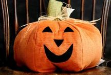 Halloween Decor & Ideas / Inspiration and love for Halloween!  Recipes, party ideas, decorations (especially vintage style!), costumes, displays, and more all related to the fun season of Halloween.