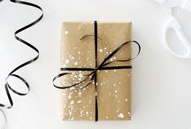 •GIFT WRAPPING•