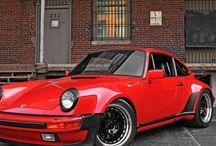 Porsches mostly 930