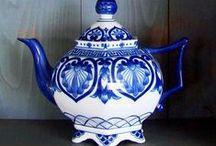 Tea Pots / by Rose Whittaker
