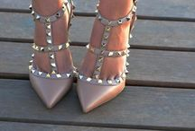 Shoes & Accesories / by Stephanie Denaro