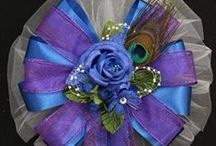 Wedding Bows / Wedding Bows make perfect accents for church pews and as decorations for a wedding reception on chair and tables.  Wedding Bows are also the perfect embellishment for bridal accessories