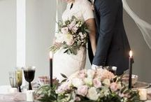 ethereal wedding inspiration || sage & thistle events / Ethereal wedding inspiration with perfectly balance dark and light details.